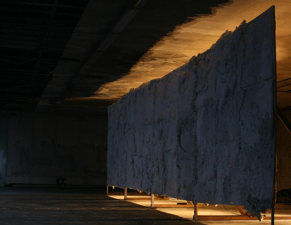 Vue de l'exposition personnelle «La main noire», Maison du Peuple, Clichy-la-Garenne, 2011.